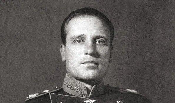 О Маршале авиации Александре Евгеньевиче Голованове